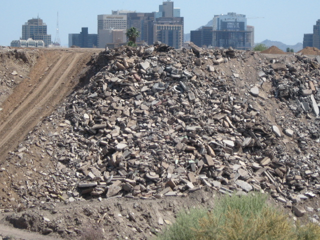 This shot of downtown Phoenix makes it look like it's built on a slag heap.  There was this amazing hole in the ground full of rocks.